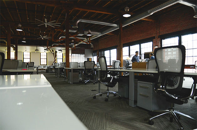 Large Office Space To Get Large Enough Desk To Work Comfortably 10 Ways Optimize Your Office Space For Productivity Clifton